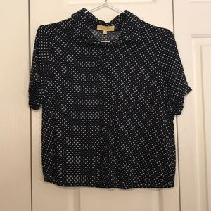 Black and white dots, short sleeve button down, M